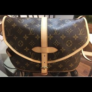 Brand New Authentic Louis Vuitton Saumur MM